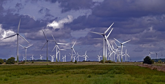 wind-park-1279726_640